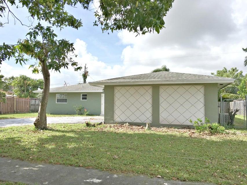 1375 Stoneway Lane West Palm Beach, FL 33417 photo 4