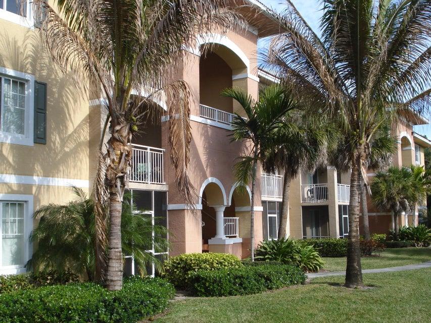 6394 Emerald Dunes Drive 3-306 West Palm Beach, FL 33411 photo 3