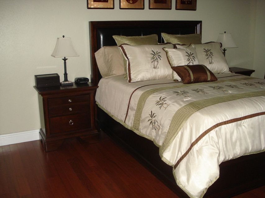 6394 Emerald Dunes Drive 3-306 West Palm Beach, FL 33411 photo 14