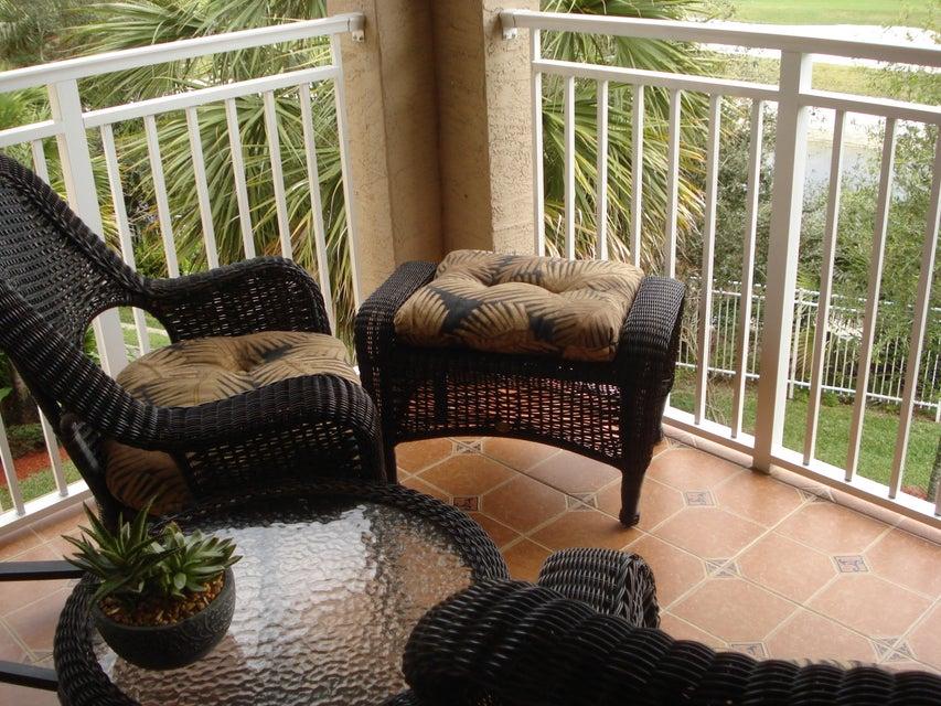 6394 Emerald Dunes Drive 3-306 West Palm Beach, FL 33411 photo 16