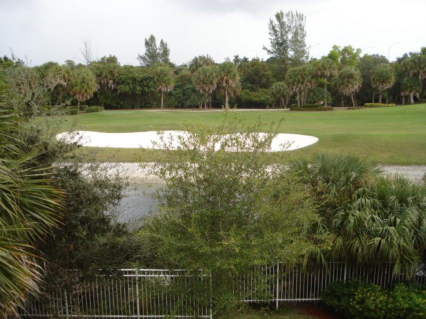 6394 Emerald Dunes Drive 3-306 West Palm Beach, FL 33411 photo 17