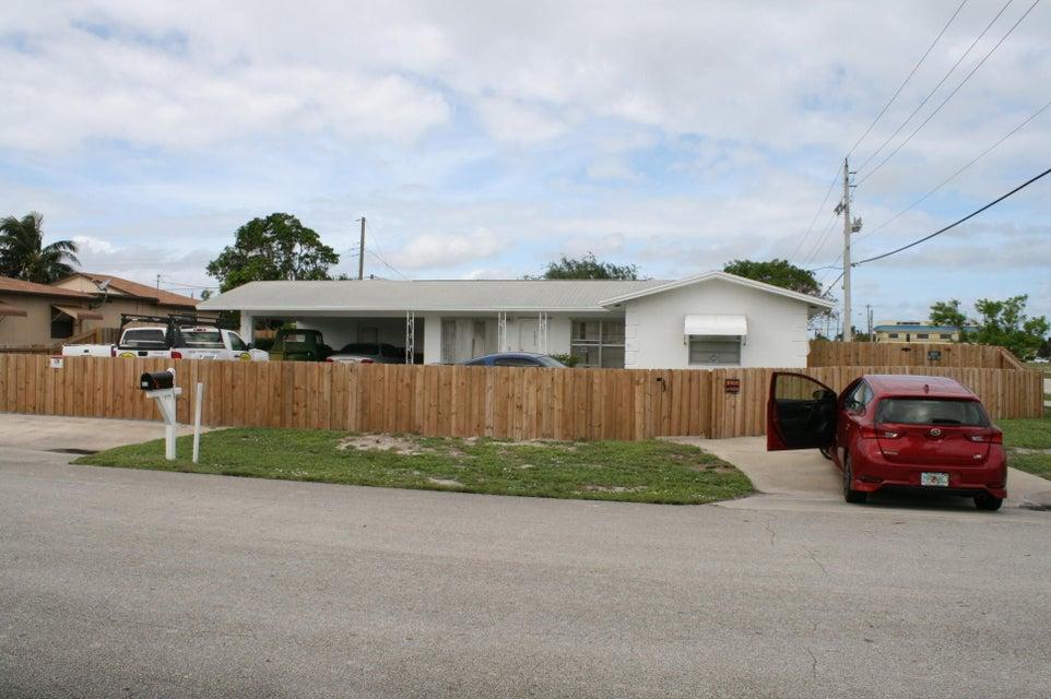 Casa Unifamiliar por un Venta en 1013 Florence Road 1013 Florence Road Lake Worth, Florida 33462 Estados Unidos