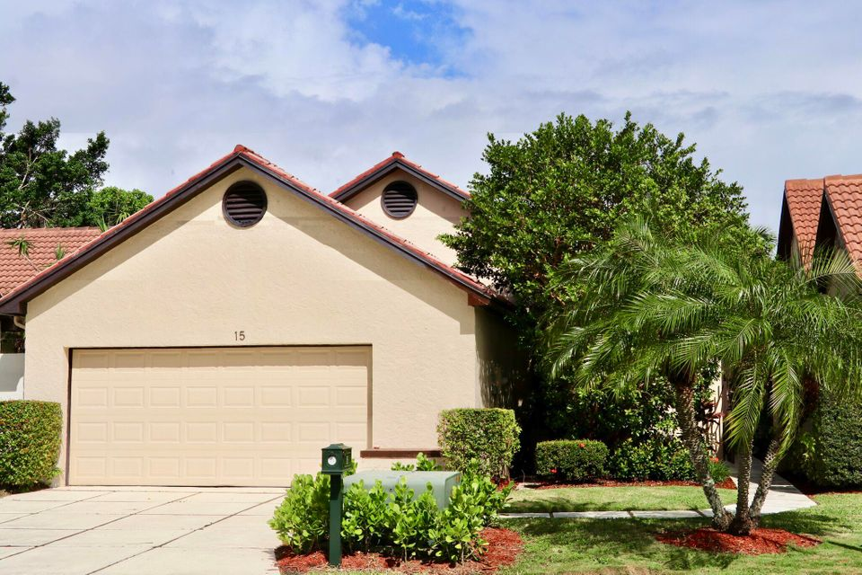 15 Ironwood Way , Palm Beach Gardens FL 33418 is listed for sale as MLS Listing RX-10375557 26 photos