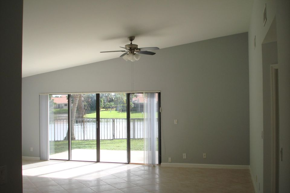 13274  St Tropez Circle , Palm Beach Gardens FL 33410 is listed for sale as MLS Listing RX-10351080 photo #6