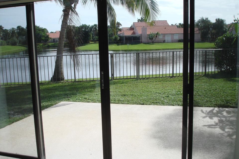 13274  St Tropez Circle , Palm Beach Gardens FL 33410 is listed for sale as MLS Listing RX-10351080 photo #9