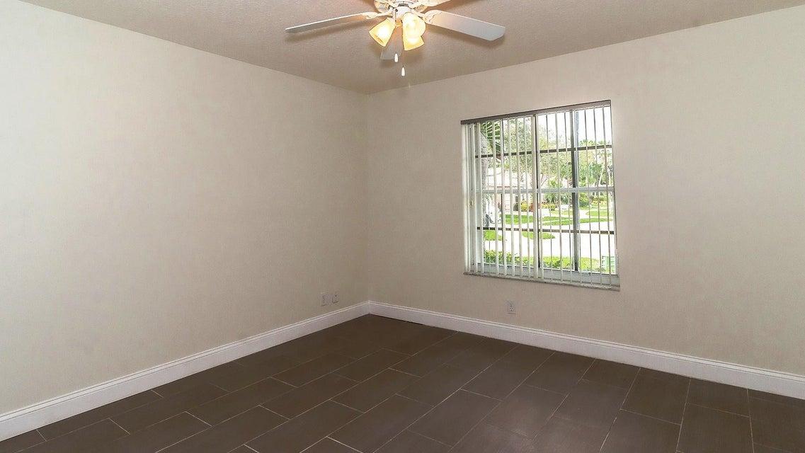 Additional photo for property listing at 9636 Taormina Street 9636 Taormina Street Lake Worth, Florida 33467 United States