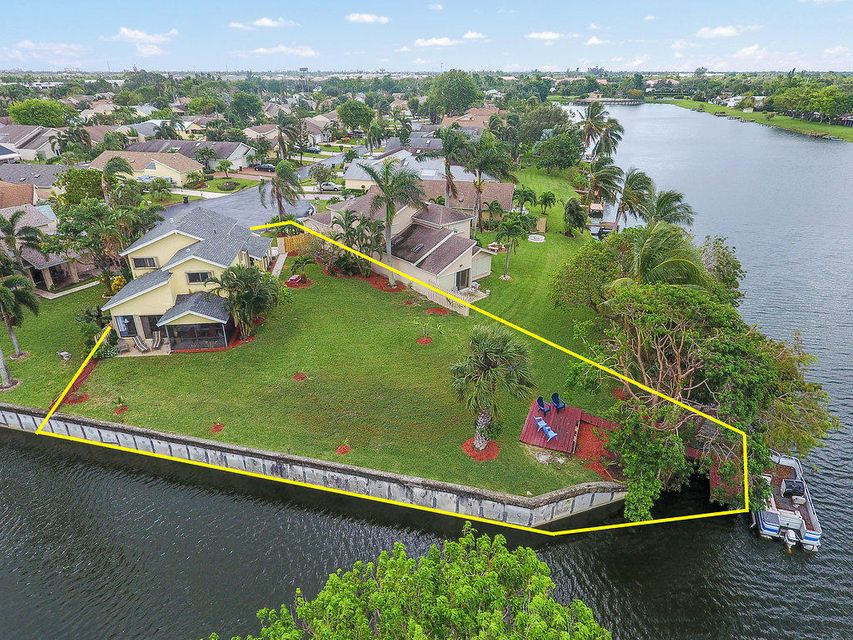 Single Family Home for Sale at 1200 NW 20th Avenue 1200 NW 20th Avenue Delray Beach, Florida 33445 United States