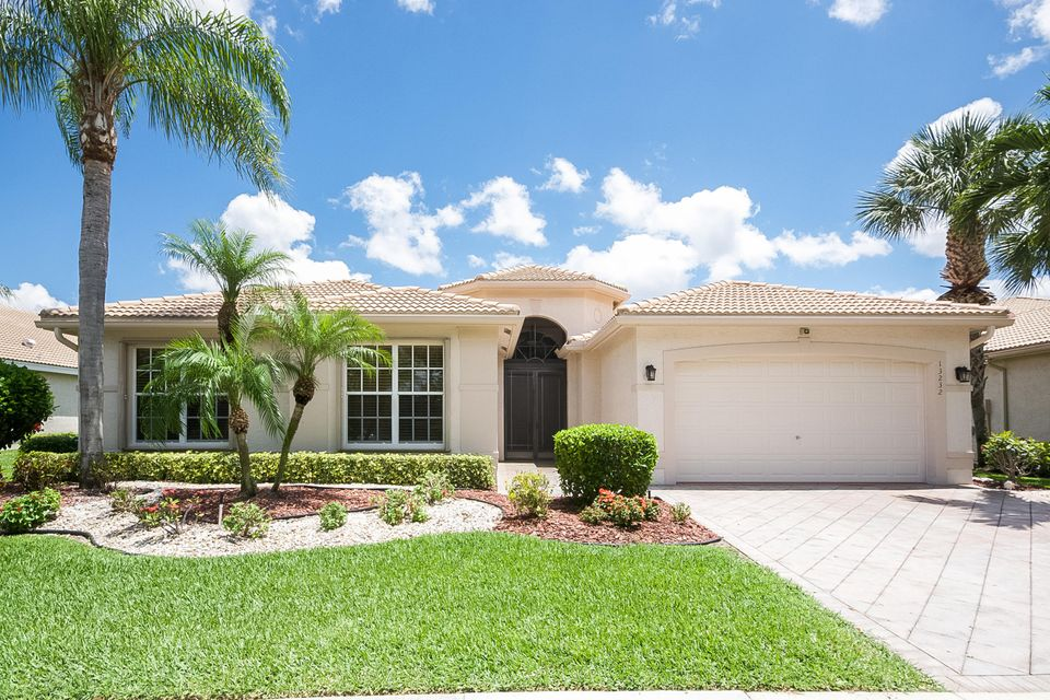 13232 Alhambra Lake Circle  Delray Beach FL 33446