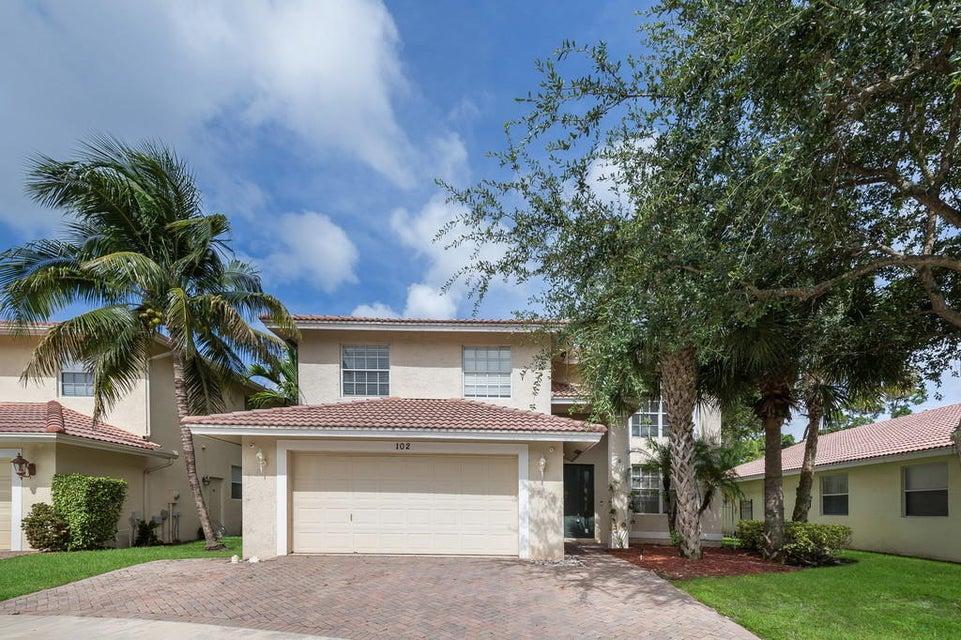Rentals for Sale at 102 Hidden Hollow Drive 102 Hidden Hollow Drive Palm Beach Gardens, Florida 33418 United States