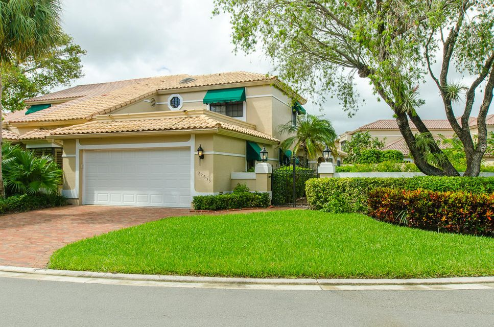 Villa for Sale at 22633 Caravelle Circle 22633 Caravelle Circle Boca Raton, Florida 33433 United States