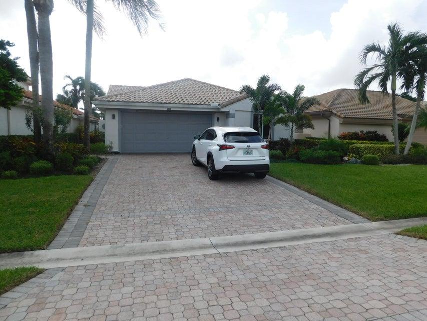 واحد منزل الأسرة للـ Sale في 7580 Glendevon Lane 7580 Glendevon Lane Delray Beach, Florida 33446 United States