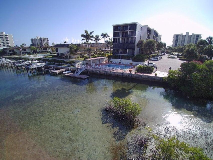 Konsum / Eigentumswohnung für Verkauf beim 225 Beach Road 225 Beach Road Tequesta, Florida 33469 Vereinigte Staaten
