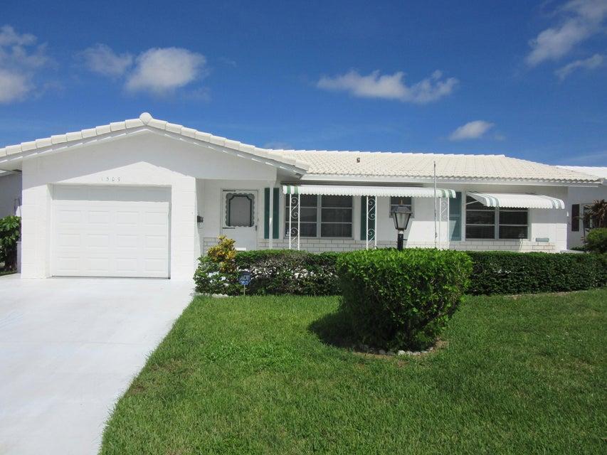 Leisureville home 1509 Alfred Drive Boynton Beach FL 33426