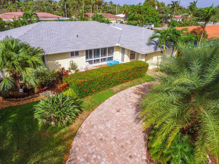 503 SE 7th Avenue , Deerfield Beach FL 33441 is listed for sale as MLS Listing RX-10375591 19 photos