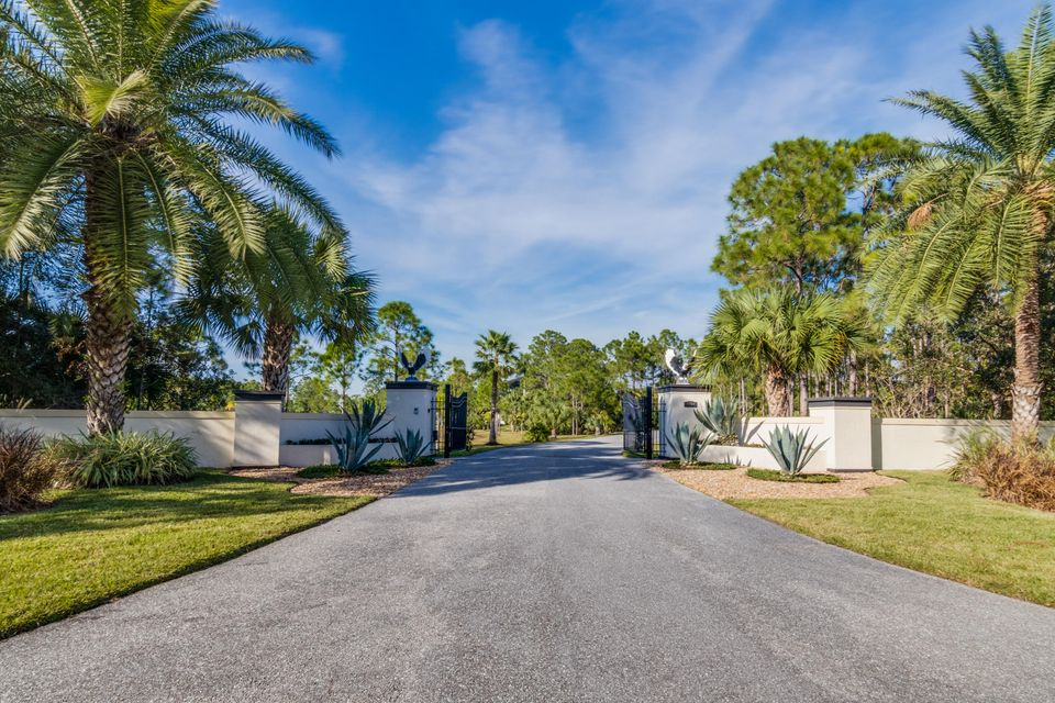 2494 Se Ranch Acres Circle