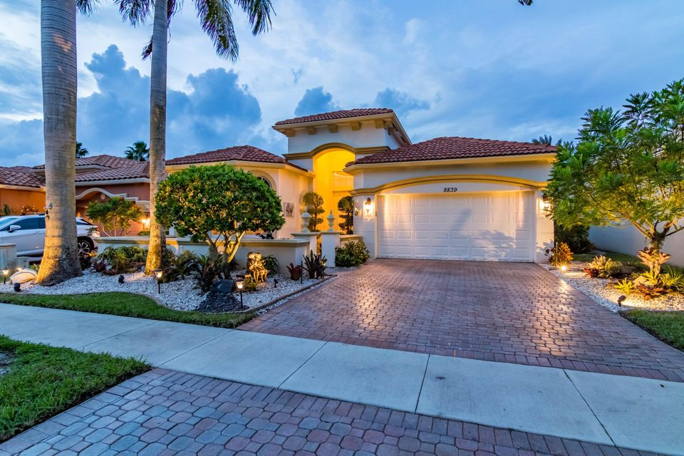 8839 Via Prestigio Wellington, FL 33411 photo 2