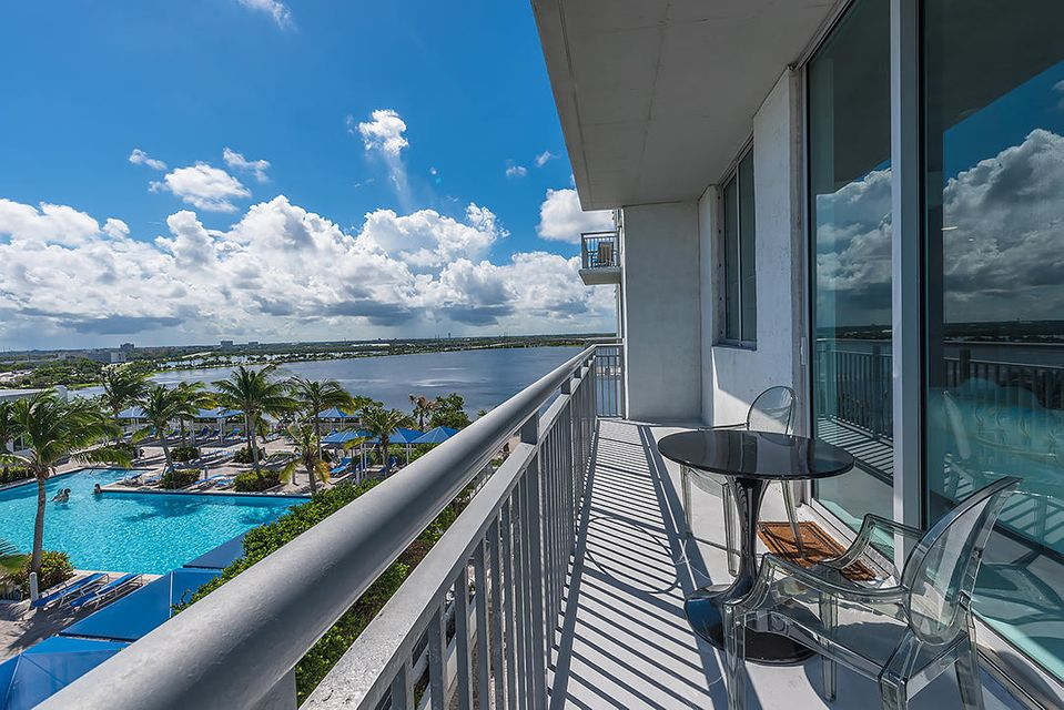 Condominium for Sale at 300 S Australian Avenue # 918 300 S Australian Avenue # 918 West Palm Beach, Florida 33401 United States