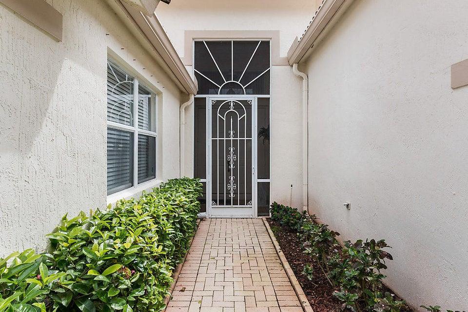 9319 Heron Cove Drive West Palm Beach, FL 33411 photo 5