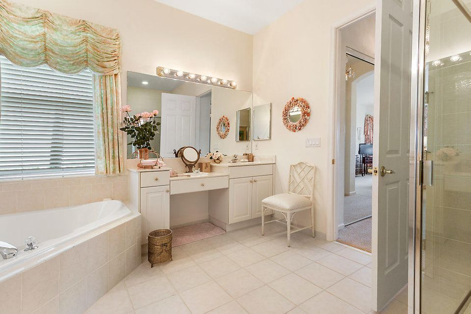 9319 Heron Cove Drive West Palm Beach, FL 33411 photo 17