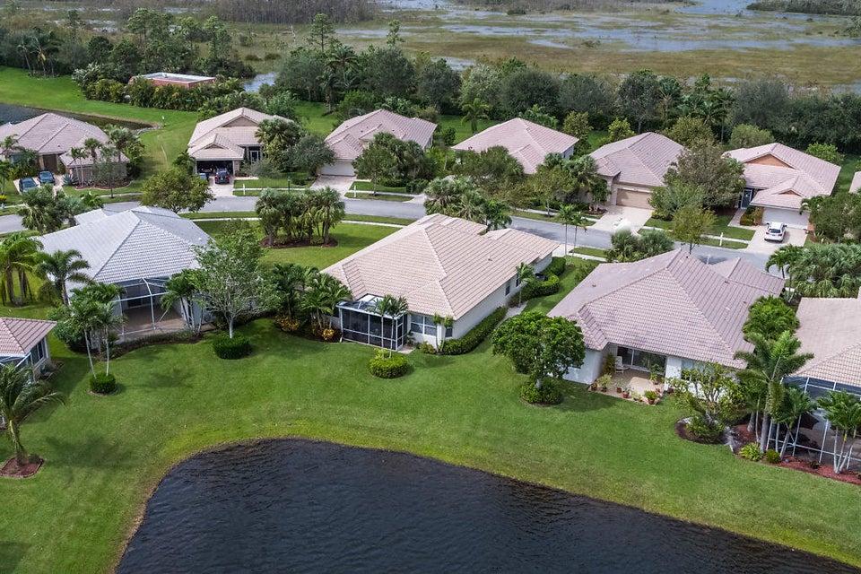 9319 Heron Cove Drive West Palm Beach, FL 33411 photo 4