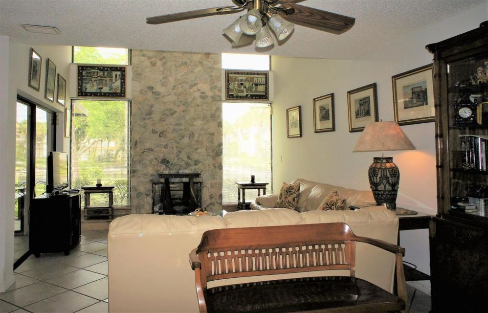 Townhouse for Rent at 6023 Glendale Drive 6023 Glendale Drive Boca Raton, Florida 33433 United States