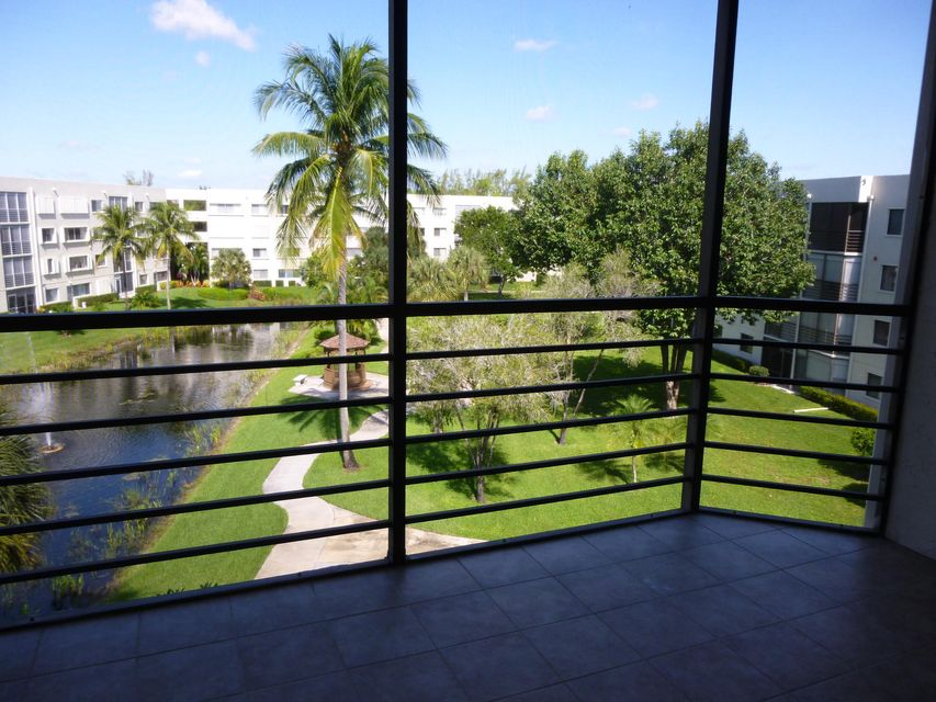 Additional photo for property listing at 3138 Via Poinciana 3138 Via Poinciana Lake Worth, Florida 33467 Vereinigte Staaten