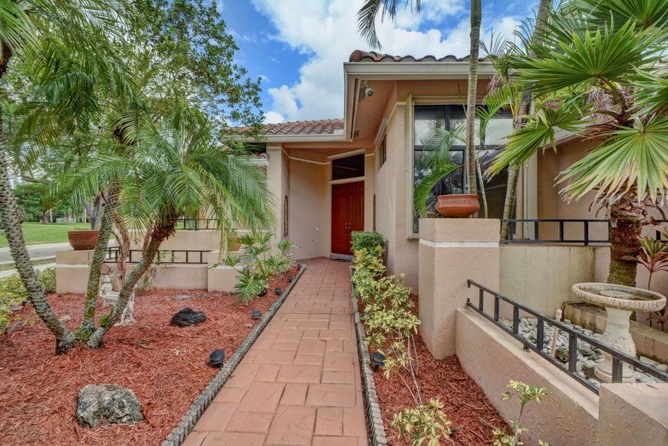 Частный односемейный дом для того Продажа на 1074 Deerwood Lane 1074 Deerwood Lane Weston, Флорида 33326 Соединенные Штаты