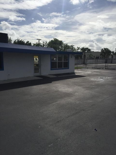 Offices for Rent at 3181 S Military Trail 3181 S Military Trail Lake Worth, Florida 33463 United States