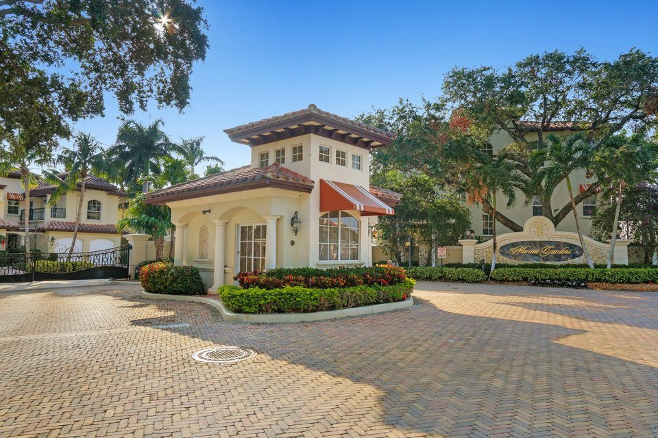 Townhouse for Sale at 34 Marina Gardens Drive 34 Marina Gardens Drive Palm Beach Gardens, Florida 33410 United States