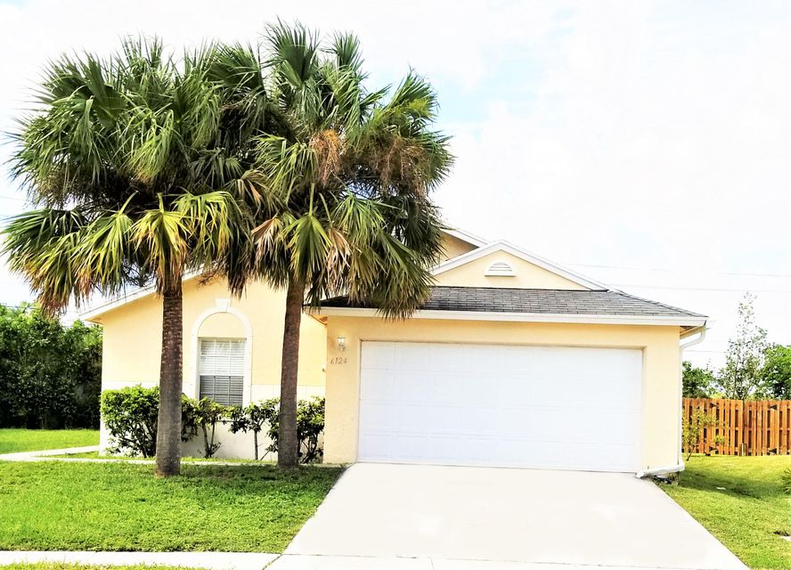 6124 Azalea Circle  West Palm Beach, FL 33415
