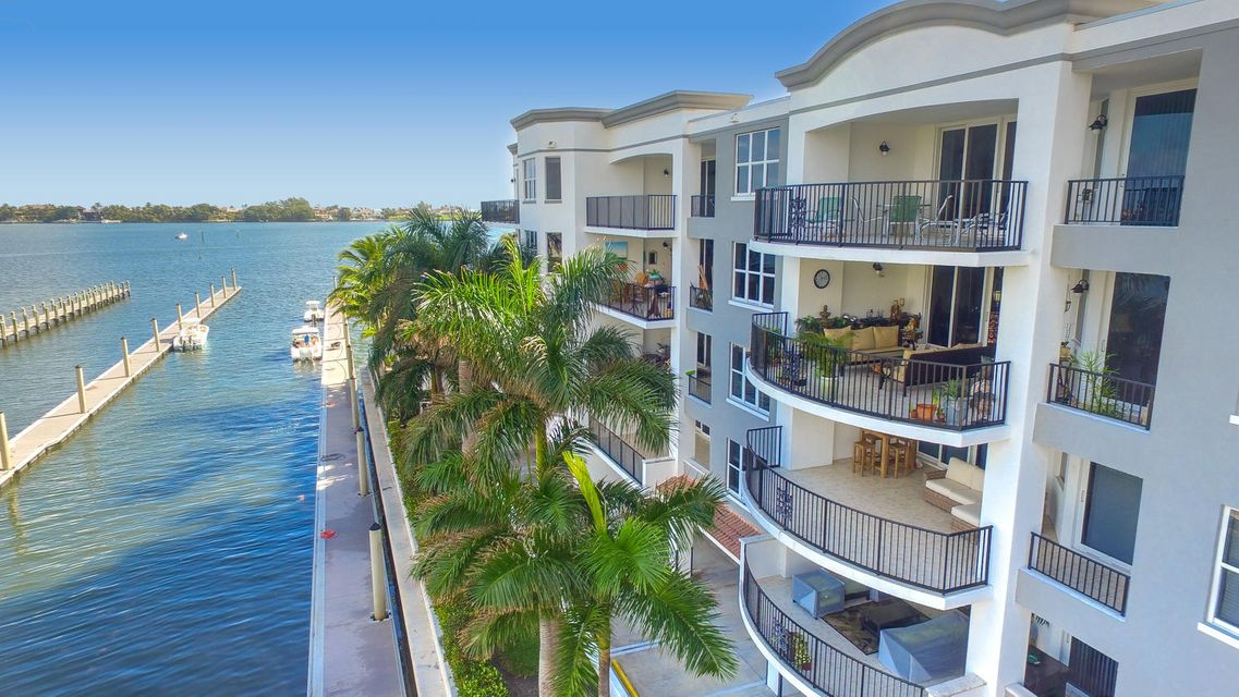Cooperativa / condomínio para Venda às 2700 N Federal Highway 2700 N Federal Highway Boynton Beach, Florida 33435 Estados Unidos