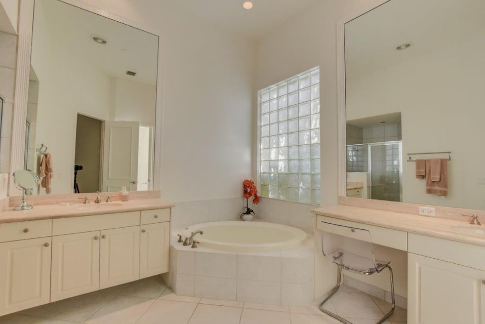 216 Porto Vecchio Way Palm Beach Gardens, FL 33418 photo 21