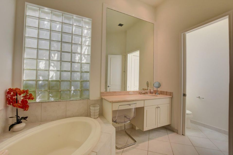 216 Porto Vecchio Way Palm Beach Gardens, FL 33418 photo 23