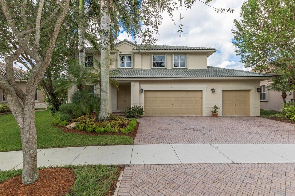 Частный односемейный дом для того Продажа на 1189 Skylark Drive 1189 Skylark Drive Weston, Флорида 33327 Соединенные Штаты