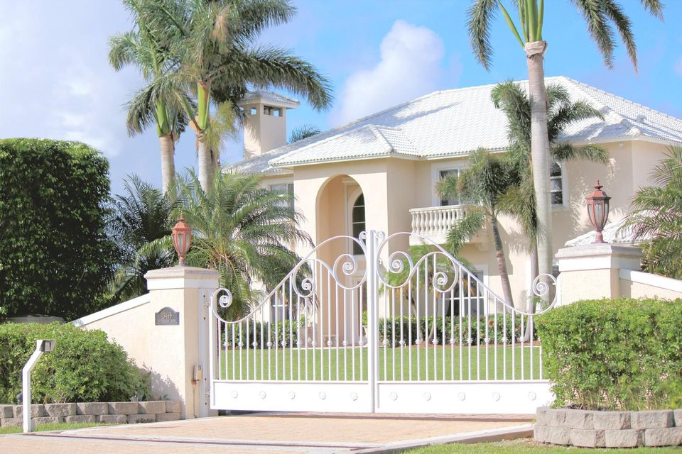 Single Family Home for Sale at 13465 Southfields Road 13465 Southfields Road Wellington, Florida 33414 United States