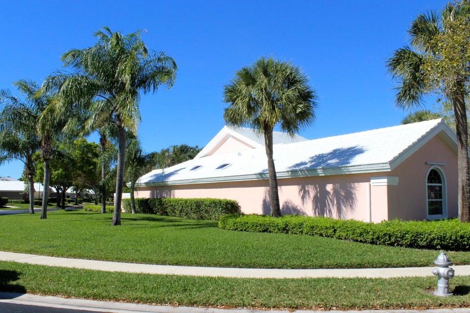 Additional photo for property listing at 2311 Saratoga Bay Drive 2311 Saratoga Bay Drive West Palm Beach, Florida 33409 Estados Unidos