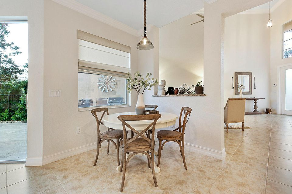 Additional photo for property listing at 8110 Brigamar Isles Avenue 8110 Brigamar Isles Avenue Boynton Beach, Florida 33473 United States