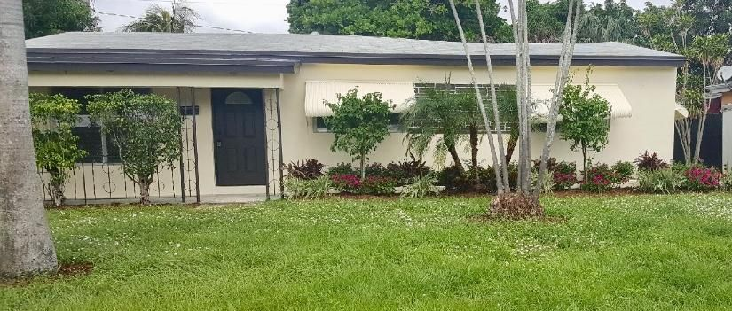 1161 Arizona Avenue , Fort Lauderdale FL 33312 is listed for sale as MLS Listing RX-10376017 3 photos