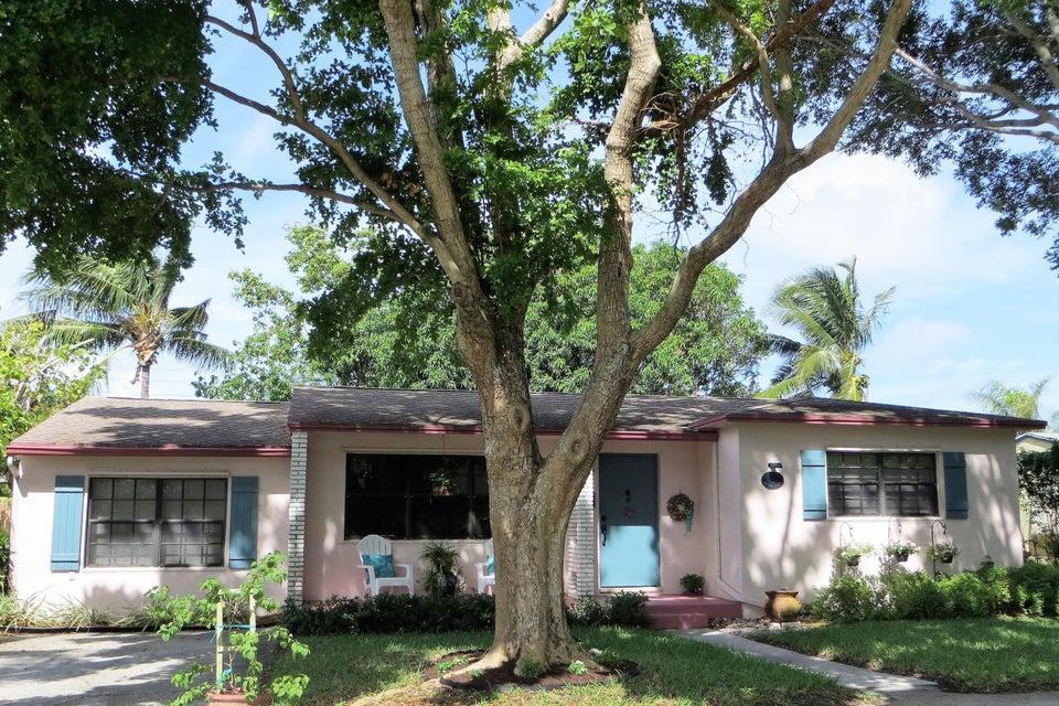 Casa para uma família para Venda às 15 NW 17th Street 15 NW 17th Street Delray Beach, Florida 33444 Estados Unidos
