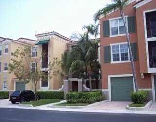 Co-op / Condo للـ Sale في 11730 Saint Andrews Place 11730 Saint Andrews Place Wellington, Florida 33414 United States