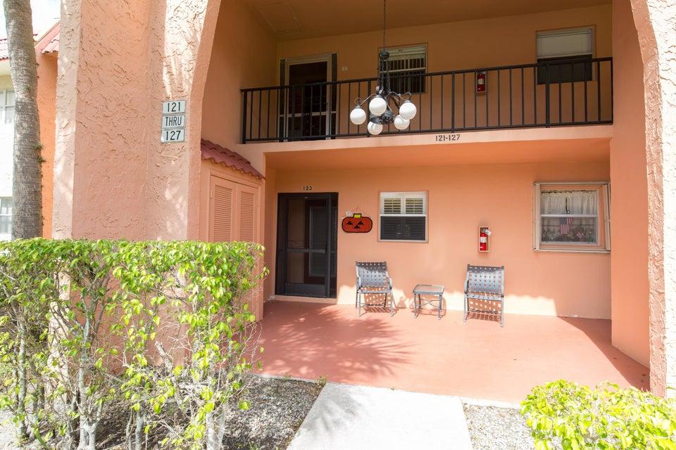 123 Lake Evelyn Drive  West Palm Beach FL 33411