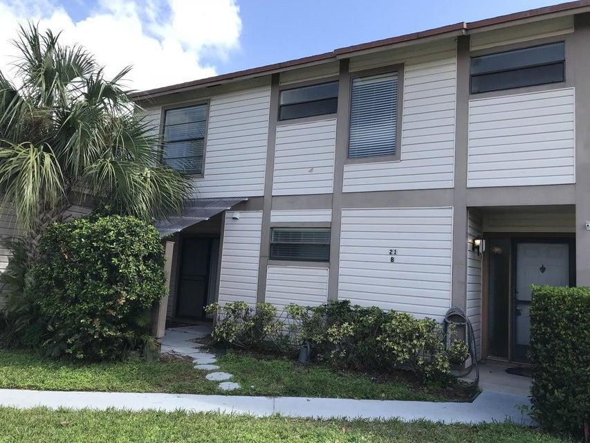 联栋屋 为 出租 在 102 Sherwood Circle 102 Sherwood Circle 朱庇特, 佛罗里达州 33458 美国