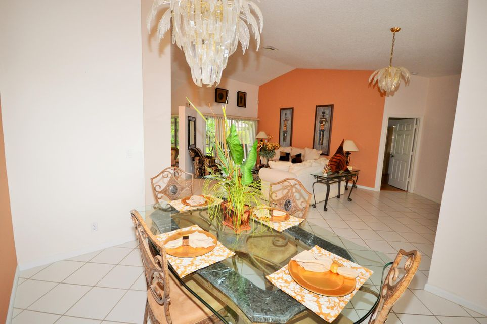 102 Lexington Drive Royal Palm Beach, FL 33411 photo 13