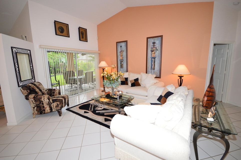 102 Lexington Drive Royal Palm Beach, FL 33411 photo 11