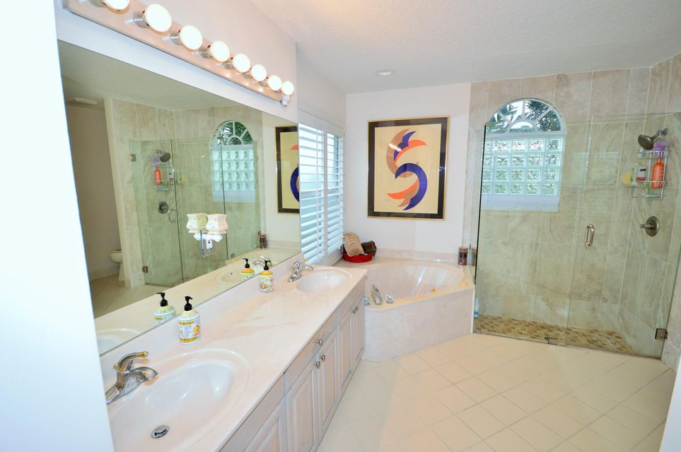 102 Lexington Drive Royal Palm Beach, FL 33411 photo 32