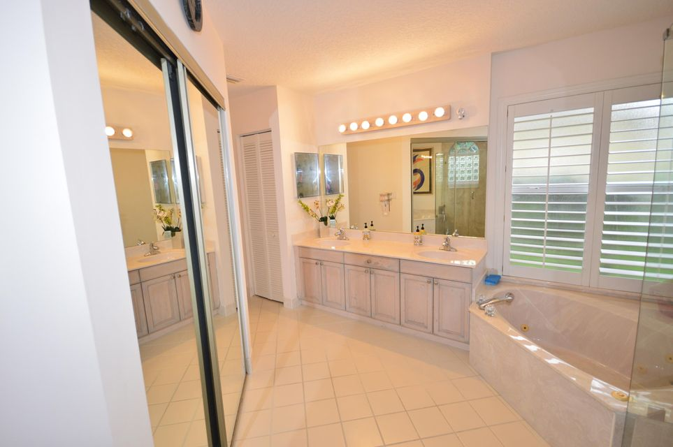 102 Lexington Drive Royal Palm Beach, FL 33411 photo 33