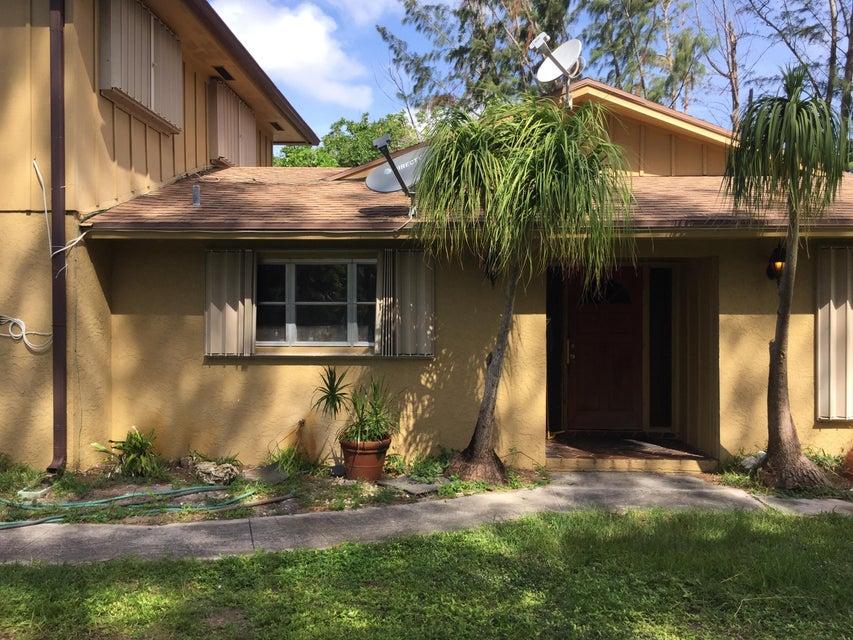 1828 Prairie Rd, Palm Springs, FL 33406