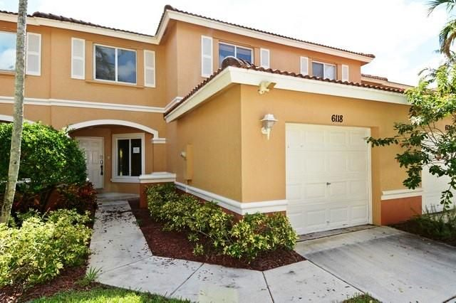 6118 Whalton Street West Palm Beach, FL 33411 photo 2
