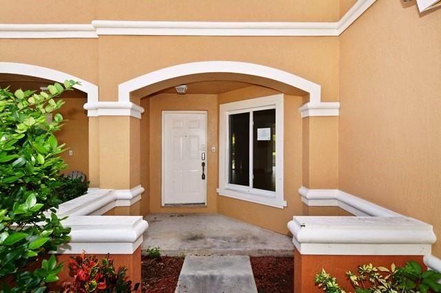 6118 Whalton Street West Palm Beach, FL 33411 photo 3