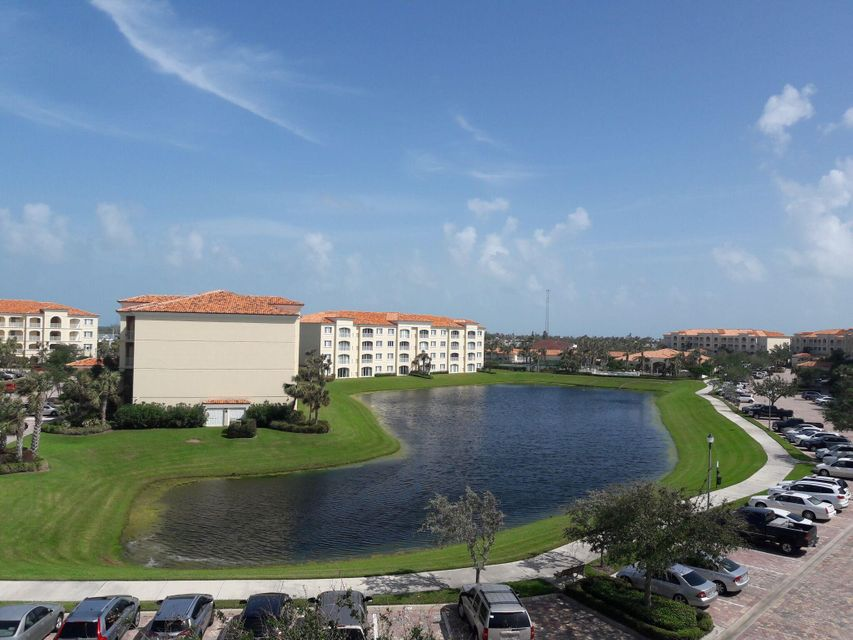 Co-op / Condo for Rent at 9 Harbour Isle Drive E 9 Harbour Isle Drive E Hutchinson Island, Florida 34949 United States